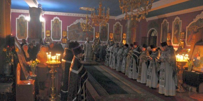 Состоялись соборная Литургия и общее говение духовенства нашего благочиния