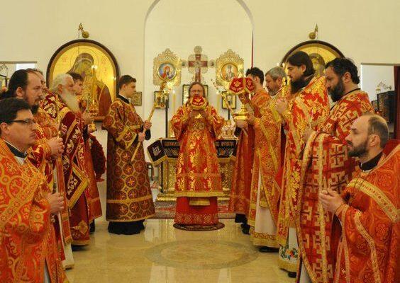 В среду Светлой седмицы архиепископ Феодосий совершил Божественную Литургию в храме св.Косьмы и Дамиана